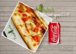 27. Meniu pida kebab de pui + Coca Cola 330 ml