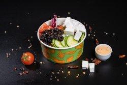 Salată B-owl cu brânza feta image