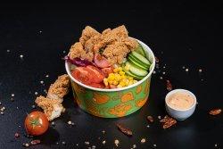 Salată B-owl cu piept de pui image