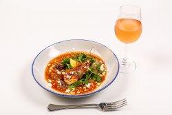 Creveți grecești cu usturoi și roșii cherry image