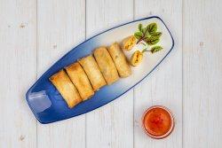 Pachețele de primăvară cu legume cu sos sweet chilli image